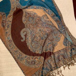 Gorgeous pashmina style scarf, turquoise/rust EUC